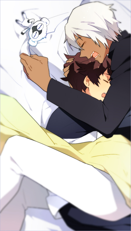 Zapp Renfro and Leonardo Watch Kekkai Sensen cute yaoi fanart sleeping hugged embraced together sleep yaoi BL couple height difference white haired seme Zapp x Leo - You're my pillow kekkai-sensen-yaoi Zapp Renfro Sleeping Leonardo Watch - fanarts on yaoi-online.com